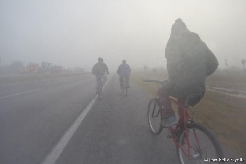 Départ dans la brume